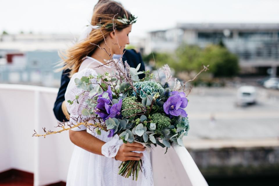 purple bouquet photo